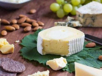 3 Steps To The Most Amazing Cheese Platter