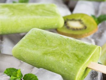Grab and Go Green Smoothie Popsicles