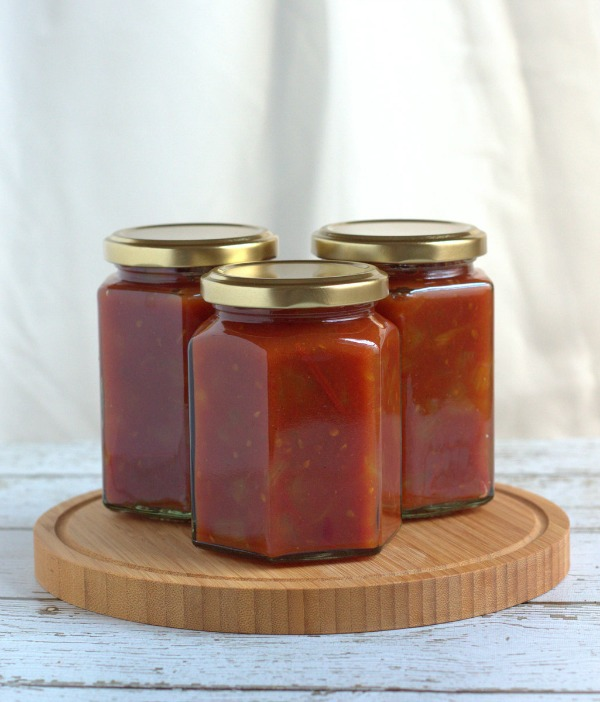 IMK March tomato relish