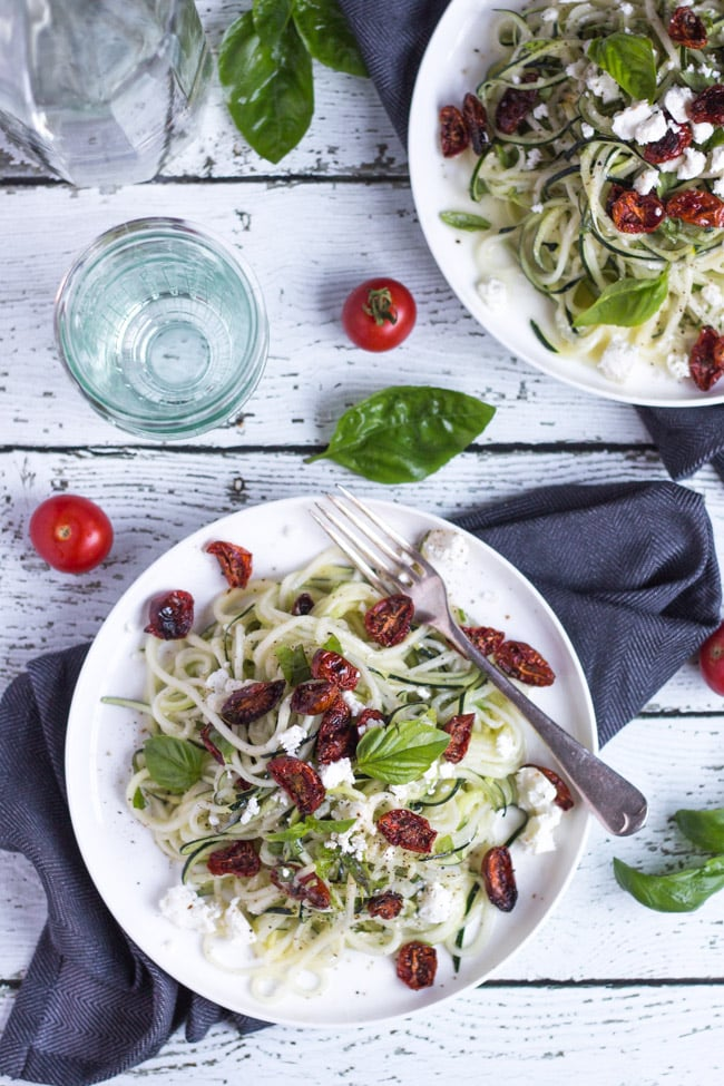 Lemon Feta Zucchini Noodles. The perfect vegetarian meal for a hot summer's evening.