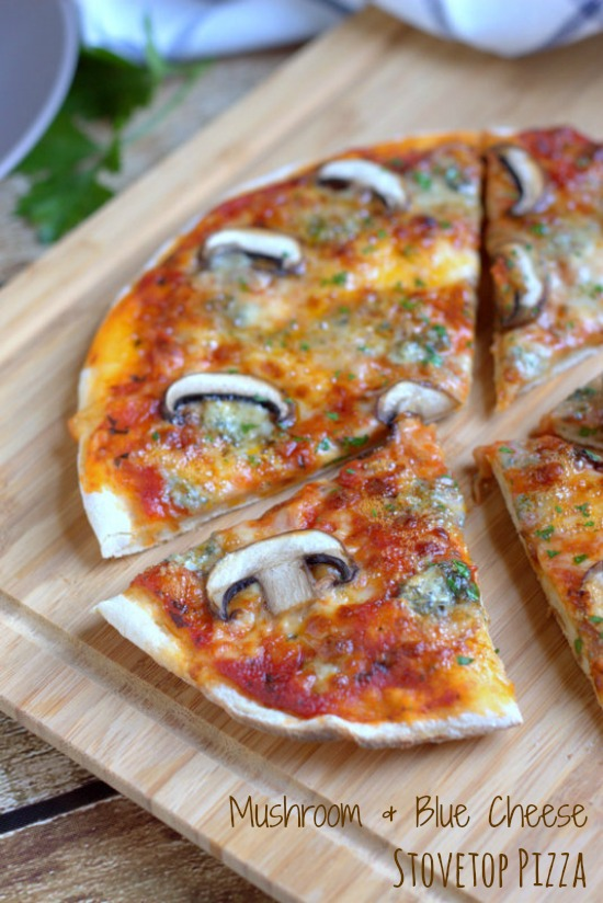 Mushroom & Blue Cheese Stovetop Pizza.  The perfect solution to homemade pizza in a hurry. | thecookspyjamas.com