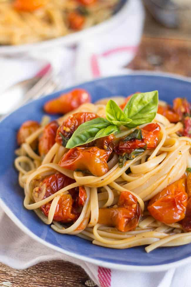 Quick & Easy Roasted Cherry Tomato Pasta Sauce. The perfect way to use up that glut of cherry tomatoes.