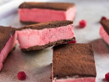 How To Make Raspberry & Chocolate Ice Cream Sandwiches