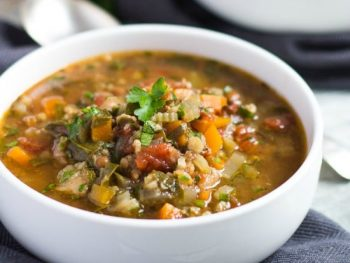 Amazing Slow Cooker Vegetable Soup { A Lesson in Soup Mix }