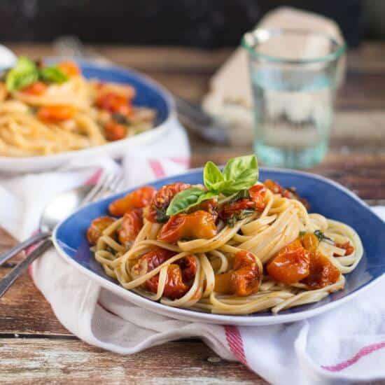 Super Quick & Easy Roasted Cherry Tomato Pasta Sauce
